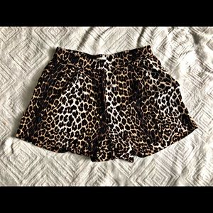 Women's HM Shorts